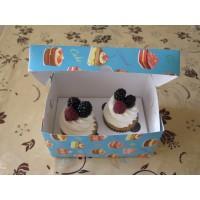 Коробка для 2 капкейков или пирожных. Размер 160*110*85.
